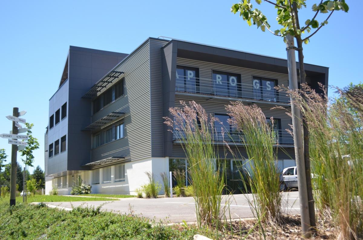Construction parc beepos b timent 1 certifi bbc for Livres architecture batiment construction